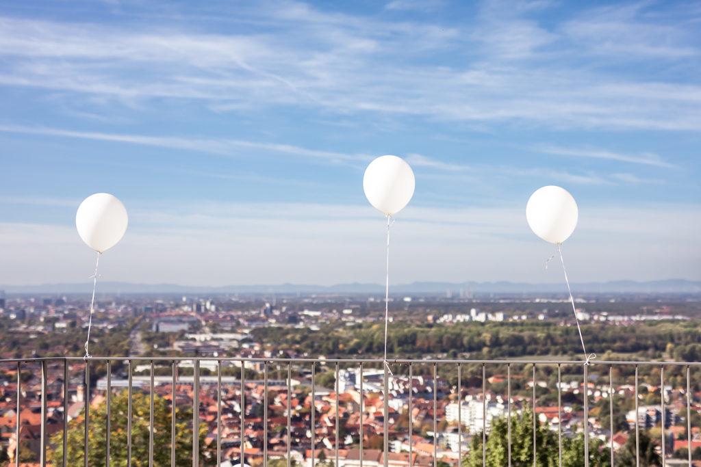Ballons bei der Hochzeit am Turmberg Karlsruhe