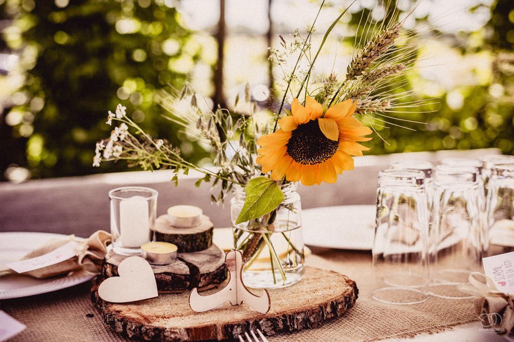 Sommer-Hochzeits-Blumen-Dekoration Was kosten Hochzeitsfotos