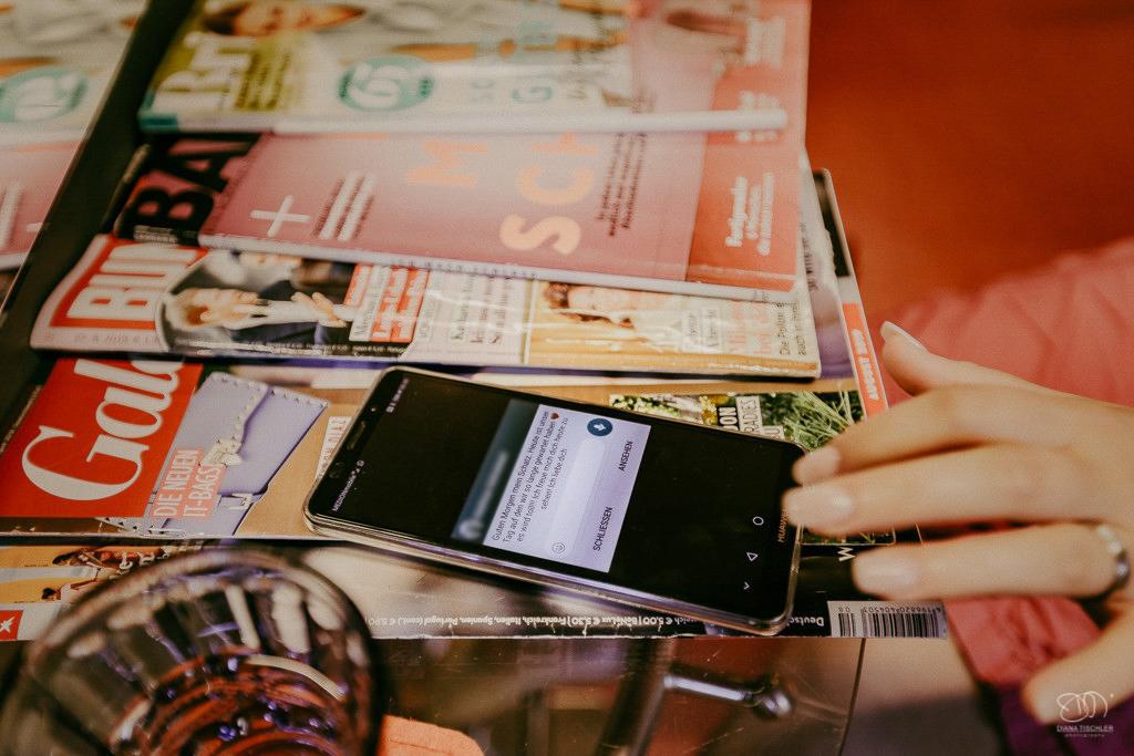 Getting Ready Whatsapp Liebesnachricht auf dem Smartphone
